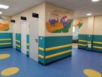 """снимка 2 Здравният министър: До обяд решаваме дали да пуснем """"зелен коридор"""" за ваксините"""