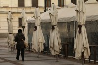 Ресторантите отварят на 1 март, на 1 април ще заработят нощните заведения
