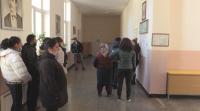 Дълги опашки от желаещи да гласуват на балотажа за кмет в с. Трояново