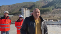 """Премиерът Борисов инспектира """"Струма"""" и тунел """"Железница"""""""