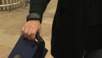 В Израел поставят проследяващи гривни на пристигащи от чужбина