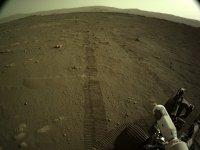 Първите си 6 метра на Марс измина роувърът на НАСА