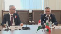 Валери Симеонов разговаря с държавния секретар на Министерския съвет на Унгария