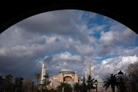 8424 нови случая на коронавирус и 66 починали за ден в Турция