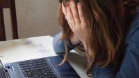 Продължават проверките по случая с пияните ученички, колабирали на онлайн урок