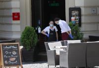 В Букурещ затварят закритите части на заведенията