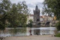 Британска престъпна група с кражби за 54 милиона евро от банки в Чехия