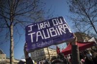 Парижани протестираха в защита на правата на жените