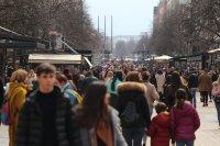 снимка 3 Пълни улици и заведения в София (Снимки)