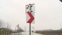 Откраднаха 20 пътни знака в Разградско, има риск от инциденти
