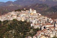 Италианско село продава имоти по 1 евро без депозит