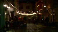 Часове преди затварянето: Дезинфекция без дистанция в заведенията в Пловдив