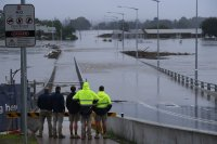 Над 18 000 души са евакуирани заради невиждани наводнения в Австралия