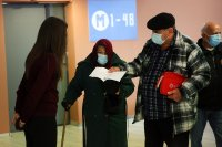 Гърция въвежда система за домашно тестване за COVID-19 и удължава мерките