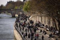 Френски лекари предупреждават, че натискът върху системата става непосилен
