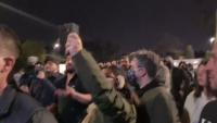 Опашки, хаос и полиция за българите, гласуващи в чужбина