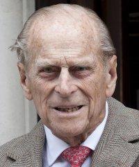 снимка 6 Почина съпругът на кралица Елизабет II принц Филип