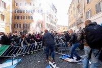 снимка 6 Протести в Италия: В Рим се стигна до сблъсъци