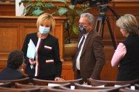 снимка 22 8-часови дебати във втория ден на новия парламент (СНИМКИ)