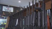 Джо Байдън с изпълнителна заповед за оръжията
