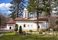 снимка 15 Дивотинският манастир - един от най-старите действащи манастири у нас (ГАЛЕРИЯ)