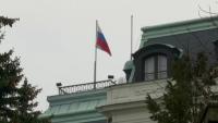 Чехия експулсира 18 руски дипломати по подозрение в шпионаж