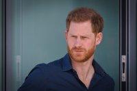Принц Хари кацна в Лондон за погребението на дядо си