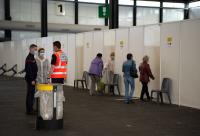 Жертвите на COVID-19 във Франция вече са над 100 000