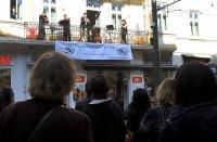 """снимка 6 Честита пролет: """"Музика от балкона"""" с поздрав за софиянци"""
