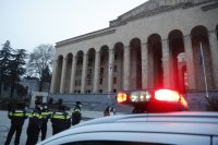 Задържаха мъжа, взел заложници в банков клон в Тбилиси