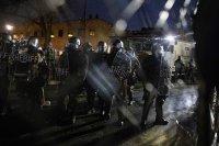 снимка 3 Трета нощ на протести срещу полицейското насилие в Минеаполис