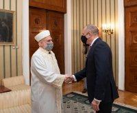 Президентът Румен Радев се срещна с Главния мюфтия преди Рамазан Байрам