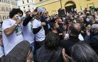 снимка 3 Протести в Италия: В Рим се стигна до сблъсъци
