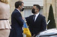 Русия затваря морето край Крим за кораби, Зеленски на разговори за помощ в Париж