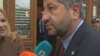 """Христо Иванов: Ако ни бъде потърсена подкрепа от """"Има такъв народ"""", бихме водили разговори"""