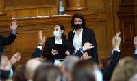 снимка 25 8-часови дебати във втория ден на новия парламент (СНИМКИ)