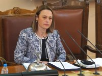 Ива Митева бе избрана за председател на НС без нито 1 глас против