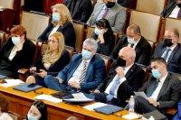 снимка 39 Първото заседание на новия парламент в СНИМКИ