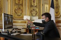 Макрон закрива училище за френския елит, което е завършил самият той