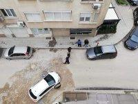 Автомобил пропадна в шахта в Пловдив (СНИМКИ)