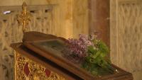 Вярващите отбелязаха Цветница при засилени противоепидемични мерки