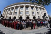 Прокурори излязоха на мълчалив протест