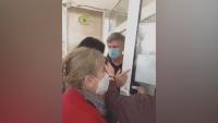 Напрежение и опашки от лични лекари пред РЗИ-София заради ваксини
