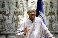 Президентът на Чад почина след сблъсък с бунтовници