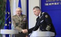 Шефът на Военния комитет на ЕС ген. Клаудио Грациано на официално посещение у нас
