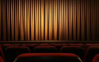 Допускат повече хора в театрите и кината от днес