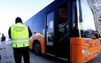 Шофьорите в градския транспорт в София отново продават билети