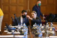 """Правната комисия одобри само законопроекта на """"Има такъв народ"""" за промени в ИК"""