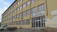 Заради липса на ученици средно училище в Дупница отново става основно
