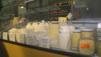 Ниски изкупни цени на млякото на пазара в Благоевград